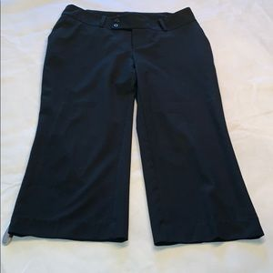 Mossimo black Capri pants 4